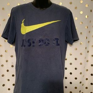 Nike Athletic Cut Drit Fit T-Shirt